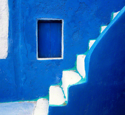 blue-house-oia-santorini-greece