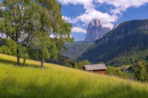 dolomites-italy-church-mountains