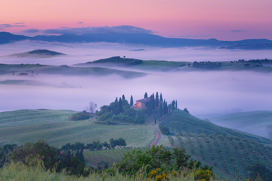 Fog in the beautiful Val d'Orcia in Tuscany   Jim Nilsen Photography