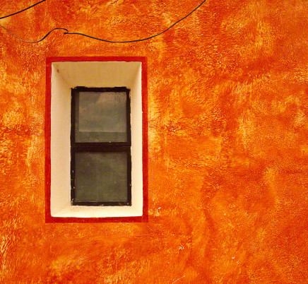 orange-wall-window-san-miguel-de-allende-mexico