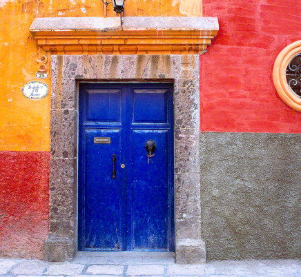 queretaro-mexico-colorful-house