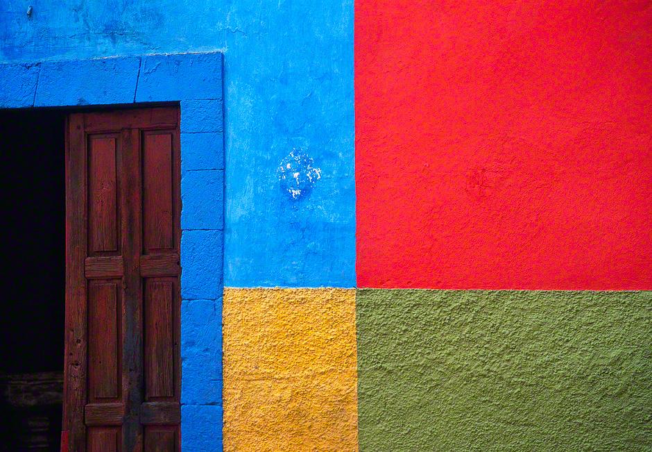 San Miguel Color Swatch 361 Jim Nilsen Photography