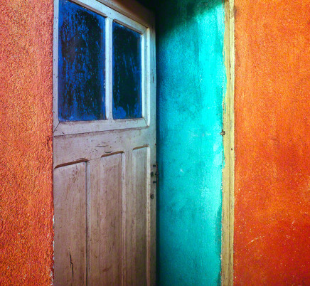 solola-guatemala-colorful-house
