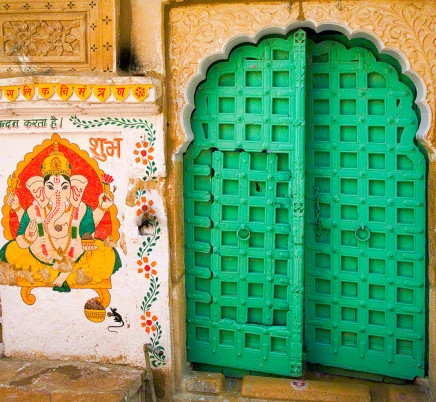 door-ganesha-rajasthan-india