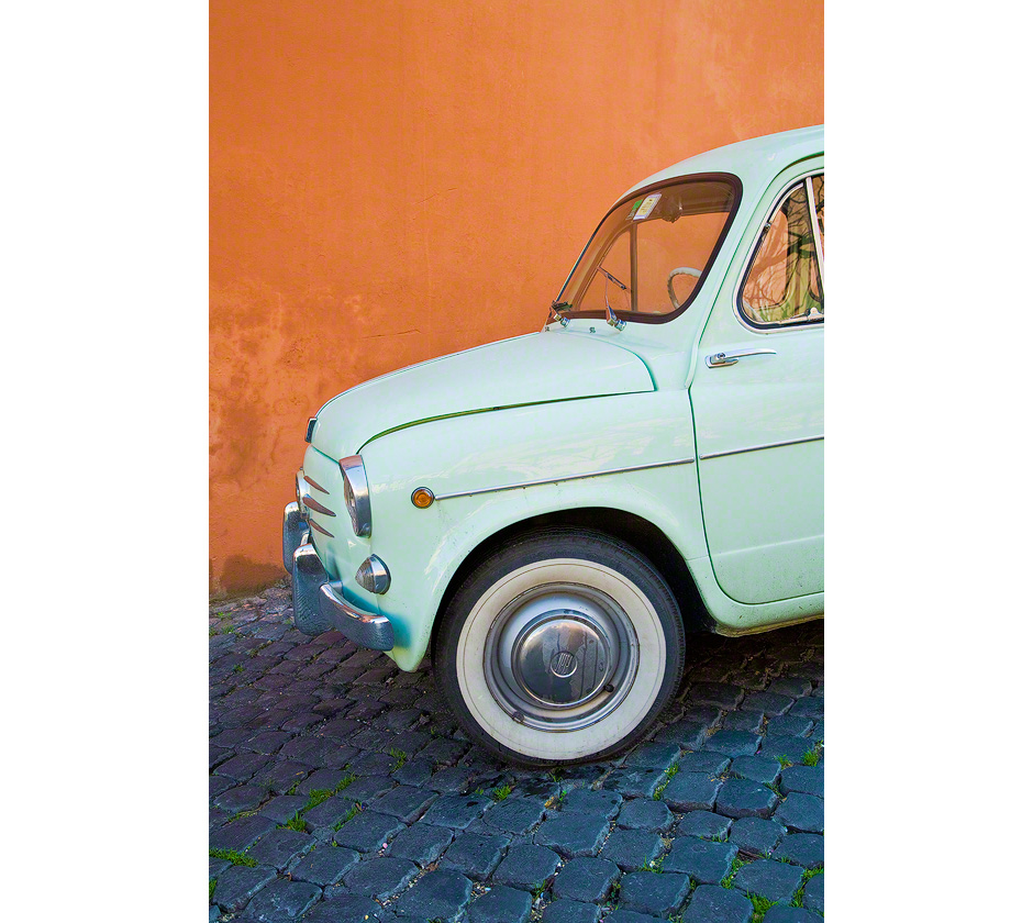 old-fiat-rome-italy
