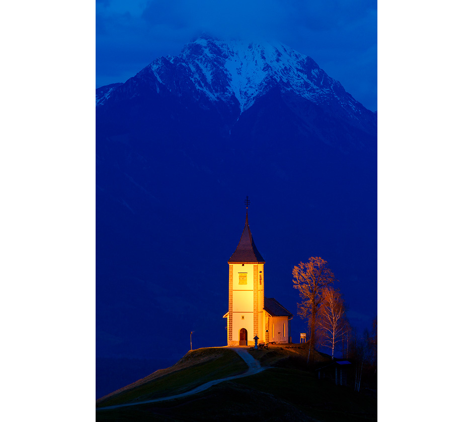 st-primoz-slovenia-church-night