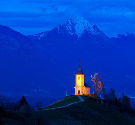st-primoz-slovenia-night-church