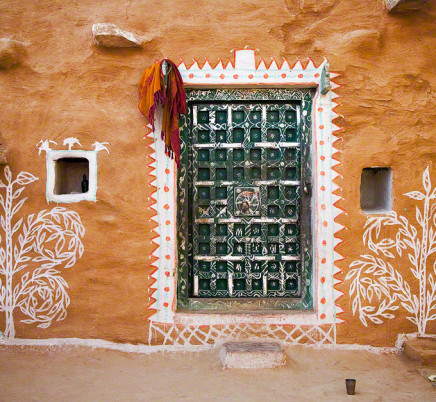 village-house-wall-paintings-rajasthan-india